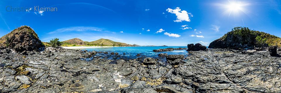 Foto Panorámica 360 sobre las rocas del Cabo de Paradise Beach en Yasawa Island Resort - Islas Fiji - © Christian Kleiman Fotógrafo, Autor y Editor.