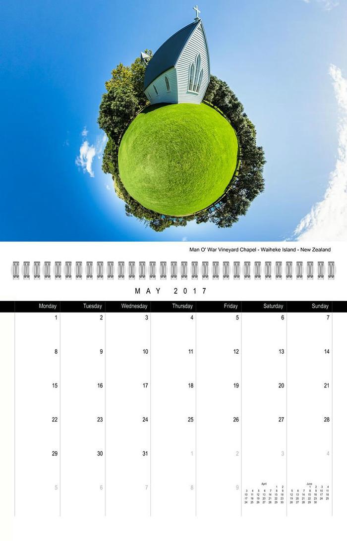 Calendario de doce meses para el Año 2017. Diseñado con fotos creativas de Nueva Zelanda realizado por © Christian Kleiman