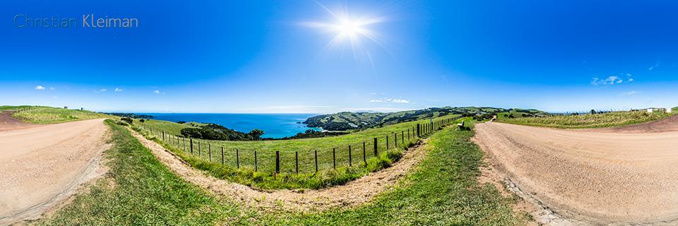 Vistas espectaculares por Man O' War Bay Road - Foto Pano 360 - Guía de Fotografía Creativa de Nueva Zelanda - © Christian Kleiman Fotógrafo y Autor