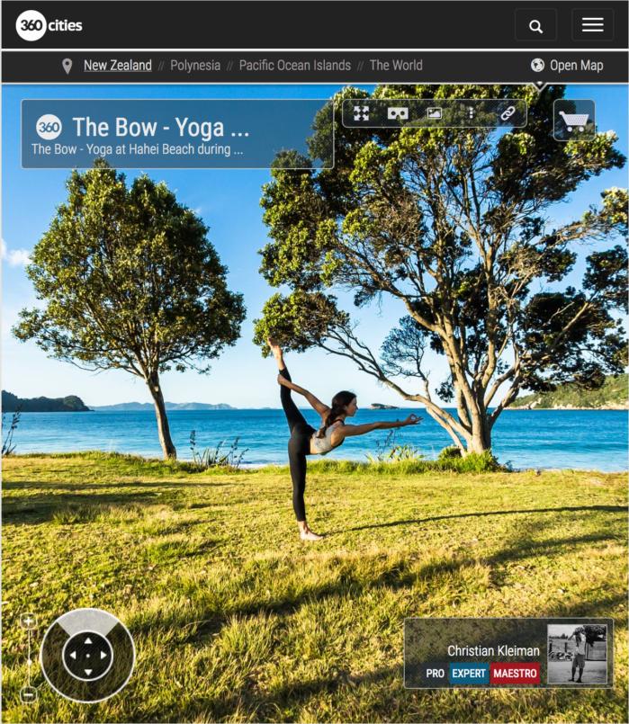 Arco de Pie - Yoga en Hahei Beach - Coromandel, Nueva Zelanda - Foto Pano 360 VR
