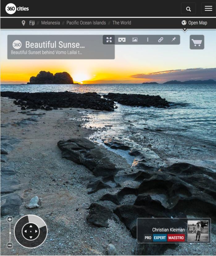 Magnífica Puesta de Sol detrás de Vomo Lailai, Fiji - Foto Pano 360 VR