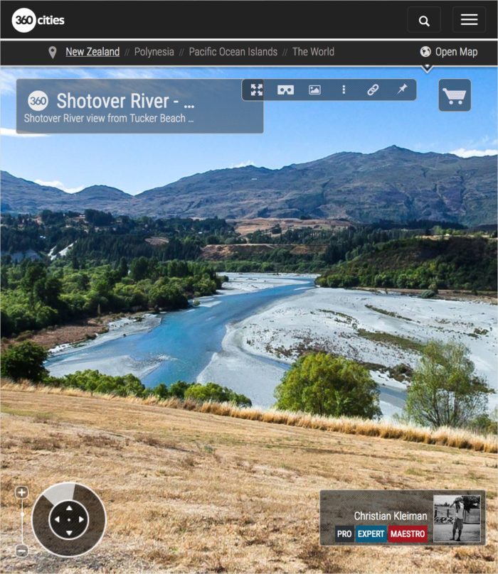 360 VR Photo view from the Shotover River - Queenstown, New Zealand