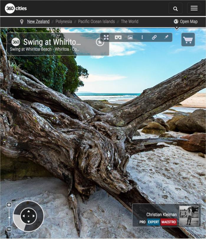 Foto 360 VR. Columpio en la playa de Whiritoa. Coromandel. Waikato, Nueva Zelanda
