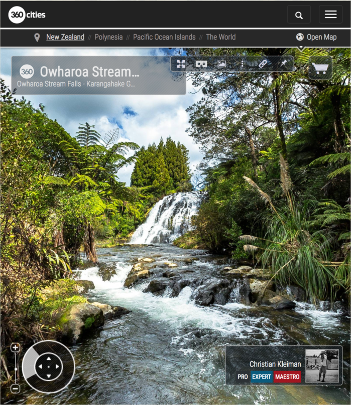 Foto 360 VR. Corriente de la Cascada de Owharoa - Karangahake Gorge. Coromandel. Waikato, Nueva Zelanda